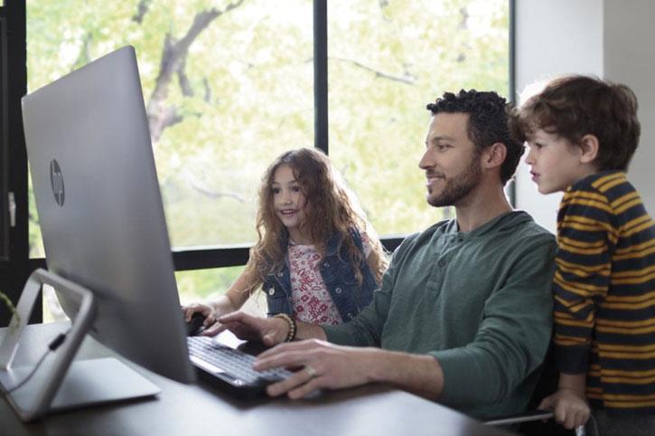 Hepsi bir arada (All in One) bilgisayarlara masanızda yer açın