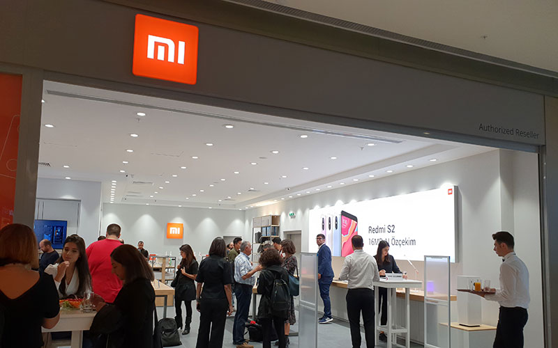 Xiaomi Mi Store Türkiye mağazasını birlikte gezelim