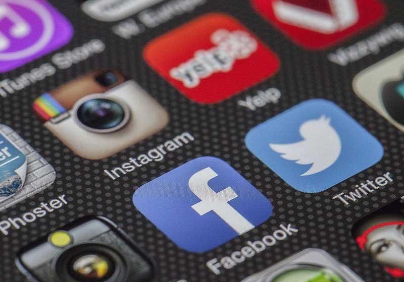 Sosyal medyada gerçeği ters yüz etmek